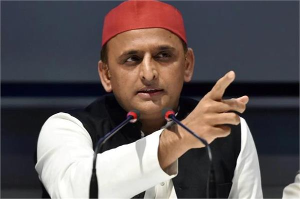 akhilesh said it is difficult to stay in power by oppressing the farmers