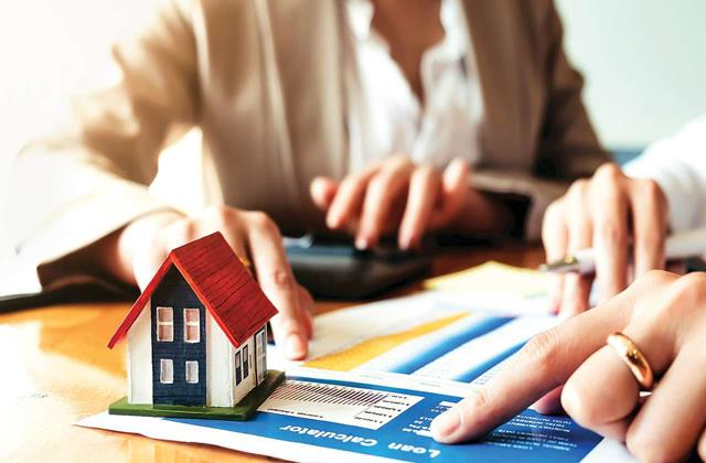 sbi kotak mahindra and icici bank are offering home loans on low interest