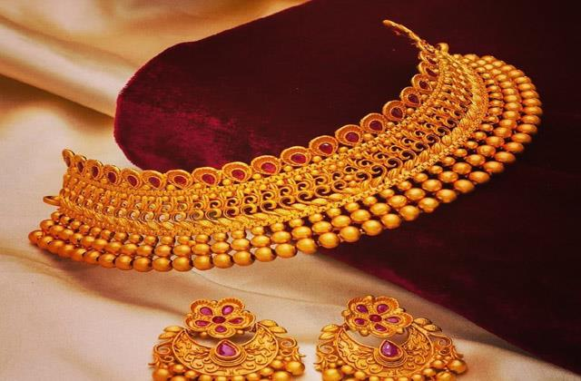 gold came under 45 thousand rupees know the new prices