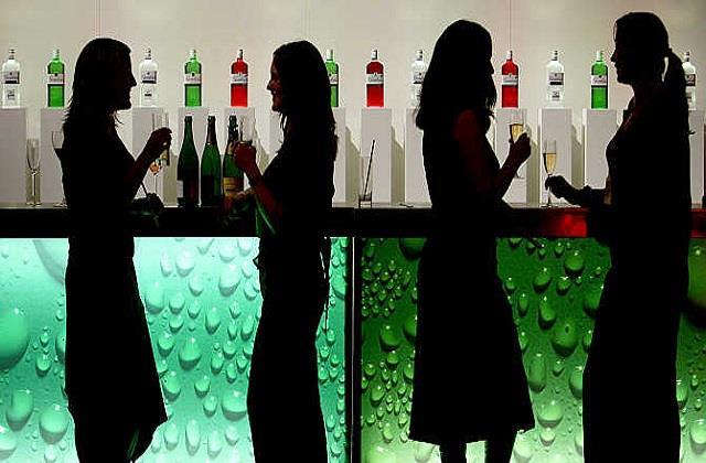 510 crore bid liquor contracts