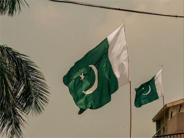 pakistan 100 year old temple attacked in rawalpindi