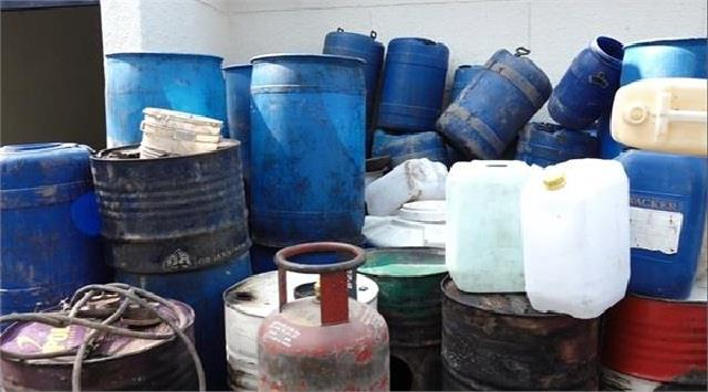 combined operation of excise and border range police against poisonous liquor