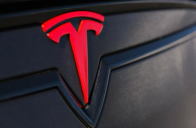 india offers tesla cheaper production costs than china
