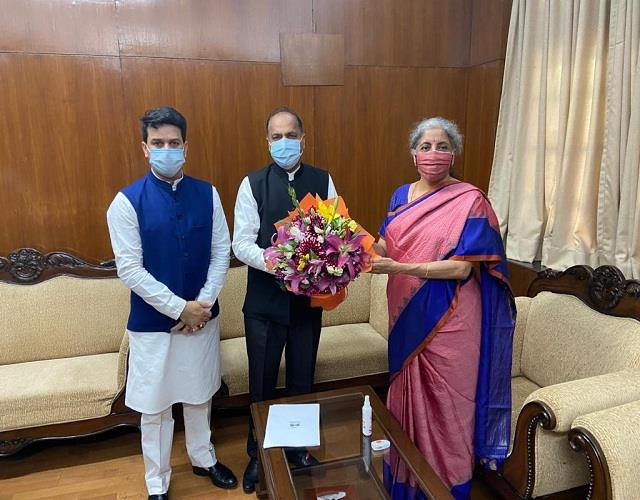 cm urges union finance minister to release 1420 crores for the state