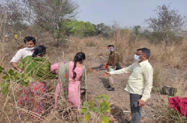 dead body of a youth found missing in mahadev khad in nalagarh for 3 days