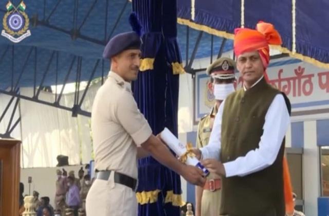 budhisingh honored for killing terrorists