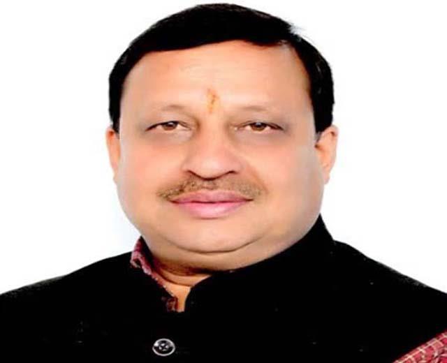 minister virendra kanwar laid foundation of crores in dhamandari