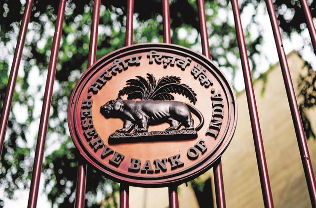 debt burden on indian households increased in second quarter savings fall rbi