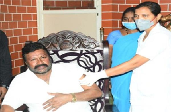 center asks karnataka government for report