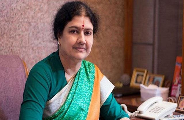 sasikala close to jayalalithaa retired from politics