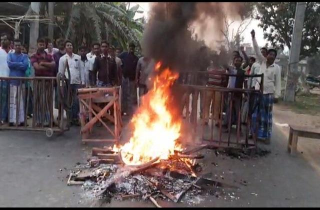 bengal elections tmc mla supporters angry at not getting ticket