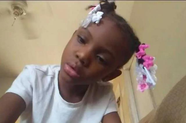 police 7 year old girl killed outside mcdonald s in chicago