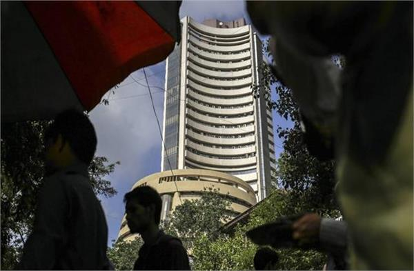 bse fell 870 points to close at 49 159 nifty also lost 229 points