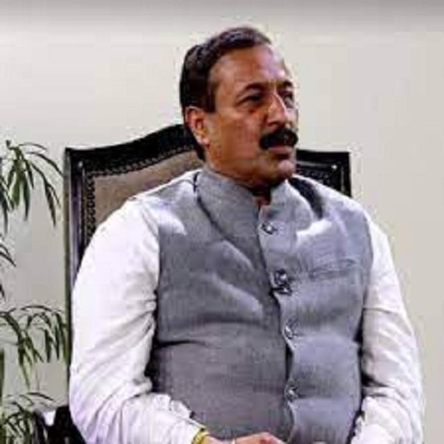 current government is ignoring the development of kangra mahajan