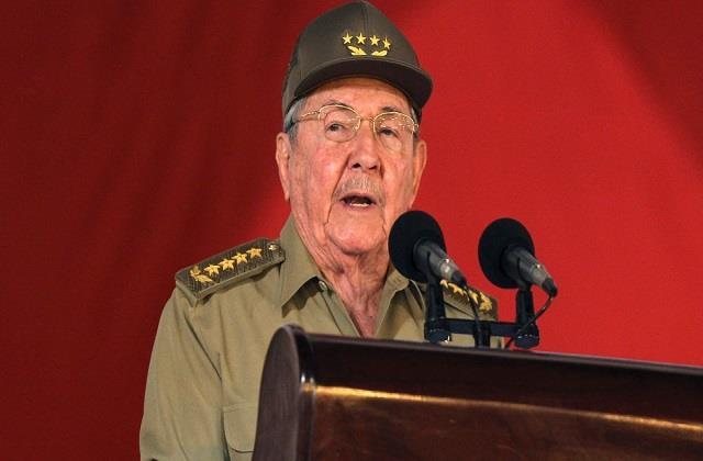 raul castro resigns as head of cuba s communist party