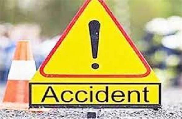 accident in banjar of kullu death of husband and wife three injured