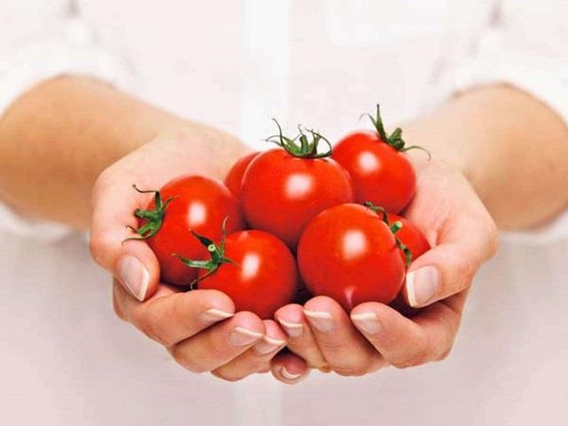 Tomatoes के 7 साइड इफेक्ट्स, हर सब्जी में डालने से पहले एक बार सोच लें