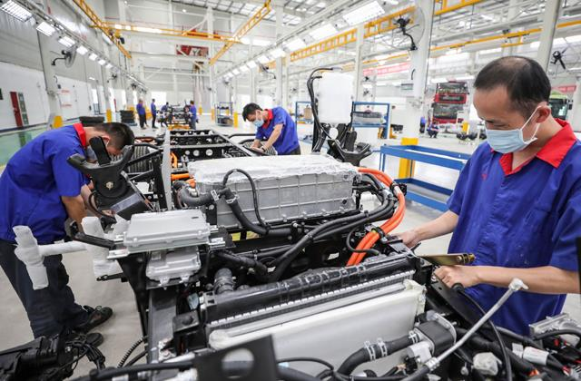 manufacturing activities at 7 month low pmi at 55 4 in march