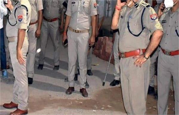 bhadohi police feat 1857 revolution ban jhuri singh s family