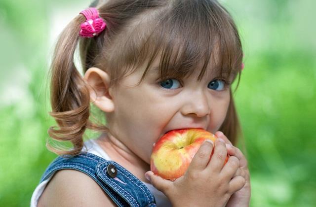 क्या आपके बच्चे में है खून की कमी तो रोजाना उन्हें खिलाएं ये Superfoods