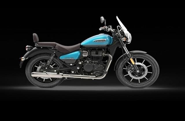 royal enfield look is also excellent