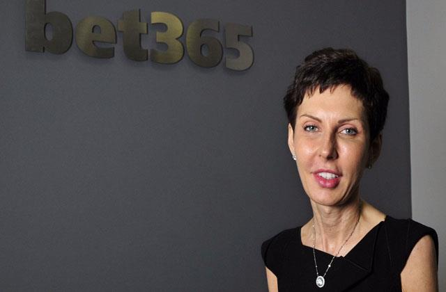 highest earning female boss in the world know how much salary