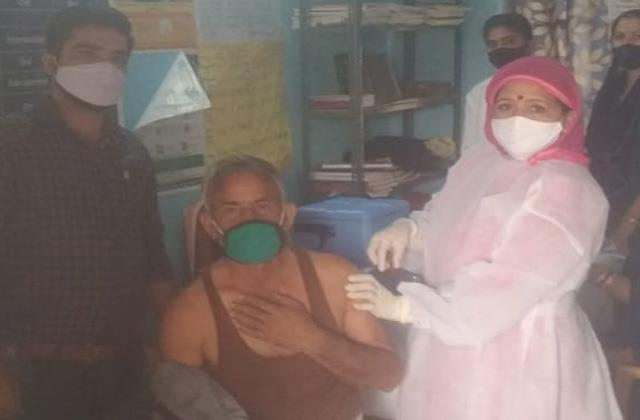 covid19 vaccination starts in samba border villages
