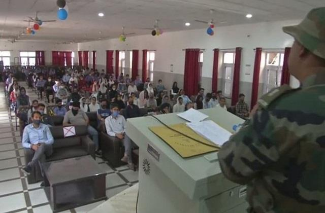 army organized career counseling workshop for youth