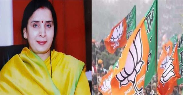 big blow to sp mulayam s niece sandhya yadav will contest