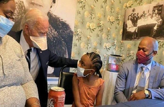 biden says he told george s daughter  daddy change the world