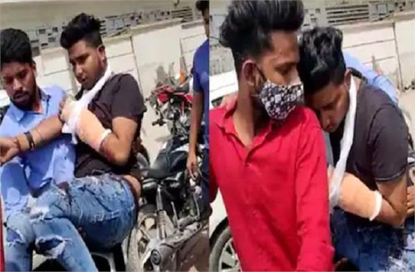 nihang sikh attacked the young man with a sword at kundli border