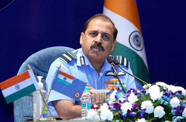 air chief marshal bhadauria left for france
