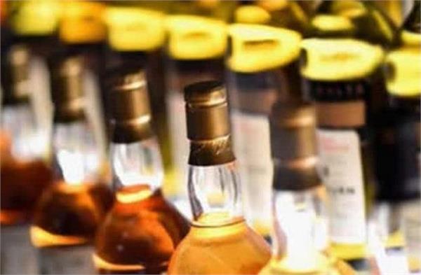 huge amount of liquor on pickup van recovered