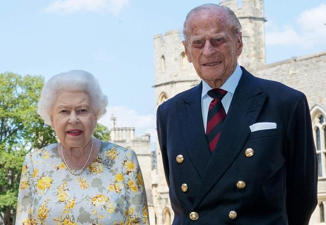 Queen Elizabeth के पति तो थे लेकिन इंगलैंड के राजा नहीं ...एक समय तो खत्म हो गई घर में प्रिंस की महत