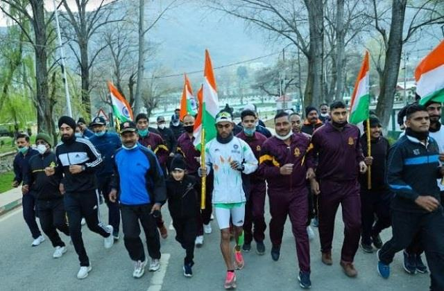 kashmir to kanyakumari indian army jawan will run 4000 km in 50 days