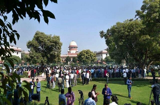central selection committee before may 2 to appoint cbi director sc