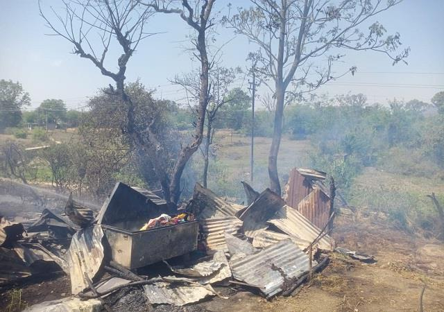 fire erupts in three teenposh cattle houses in darang loss of thousands