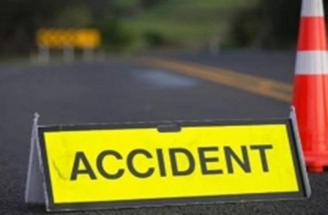 tractor driver dies after being crushed by a truck in saran