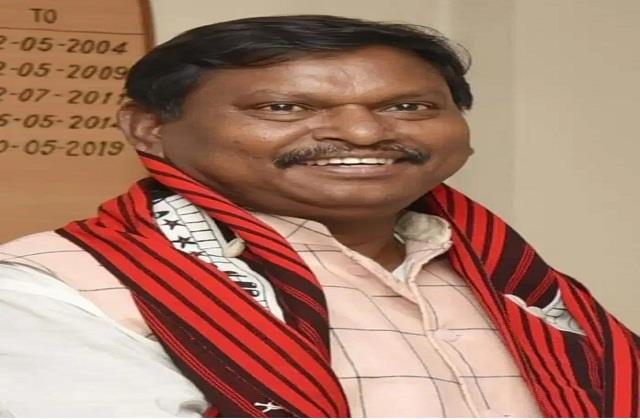 50 lakh rupees from union minister given mp for dealing with corona