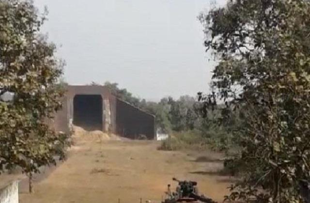 thieves stole 3 rounds of tank piercing cannon in jabalpur