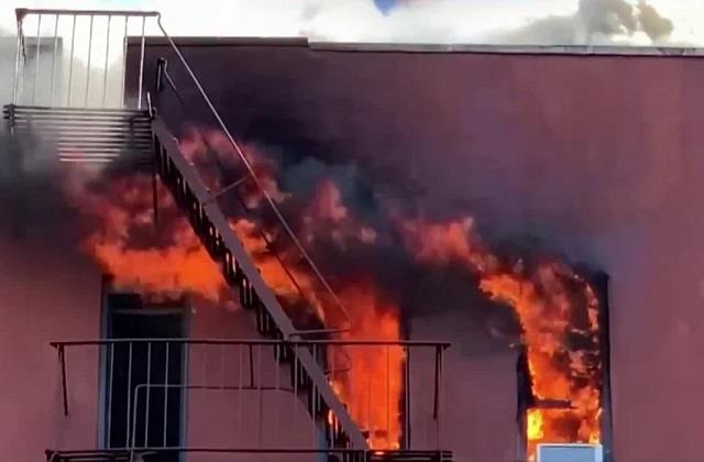 21 injured in queens apartment building fire