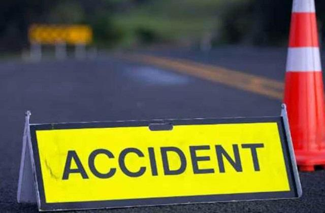 dumka one person killed another injured in road accident