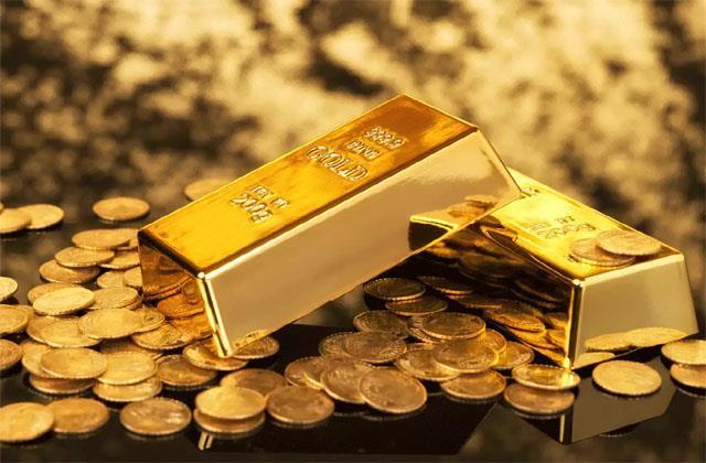 bullion mcx gold shine increases silver weakens
