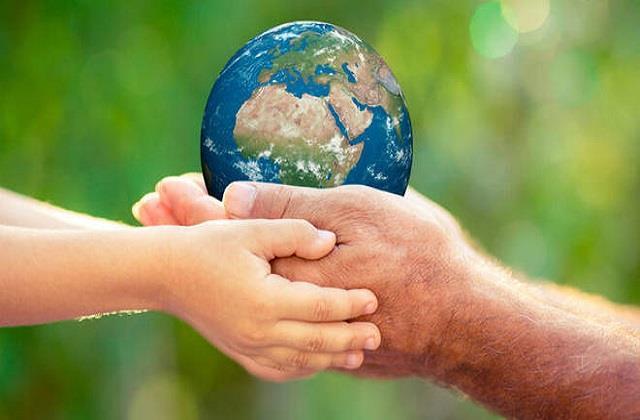 World Earth Day: खुद को बचाना है तो धरती को बचाओ