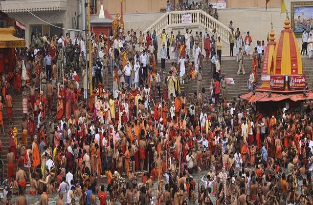 niranjani and anand akhara announced the end of kumbh on 17 april