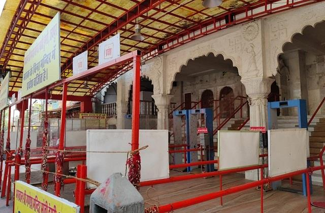 all religious places in jaipur closed till 30 april