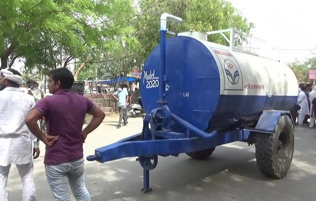 villagers returned water tankers in protest against agricultural laws