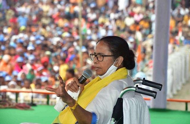 43 ministers can take oath in bengal today many new faces will be included