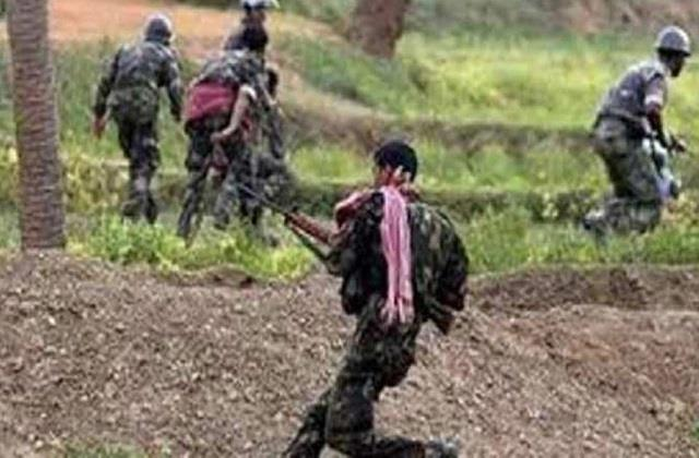 chhattisgarh 3 killed in firing between security forces and naxalites