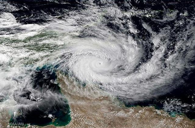 2021 के पहले चक्रवात को लेकर अलर्ट जारी, ''तौकते'' नाम का यह तूफान मचा सकता  है भारी तबाही - alert issued for first cyclone of 2021-mobile